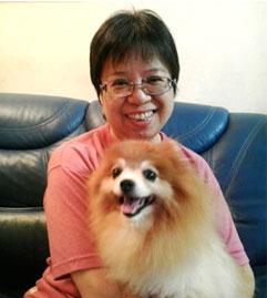 燕琴閒時亦喜歡跟愛犬玩耍,能舒緩不少工作壓力