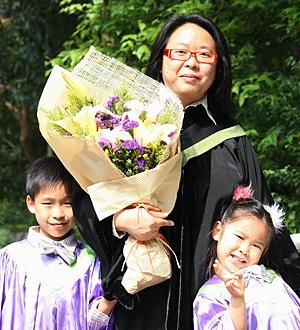 Winnie副學士畢業後再完成社會科學學士學位, 實踐终身學習。