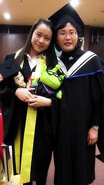與幼兒及基礎教育總監李南玉女士留影。