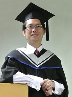 SCE及南澳大學(UniSA)合辨的Bachelor of Business (Administrative Management)課程畢業生盧國基(Clement)。