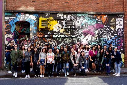同學於英國布里斯托參加的街頭塗鴉導賞團,在欣賞名家作品之餘,更認識到街頭藝術與城市文化之間的關係。